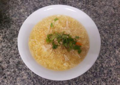 Súp : soupe aux asperges vermicelles crabes oeufs